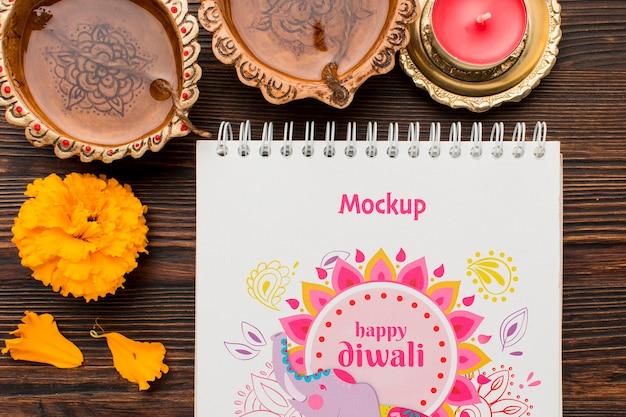 Festival hindú de diwali de maqueta con velas