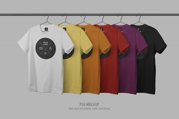 Fila de plantilla de maqueta de camiseta con tendedero