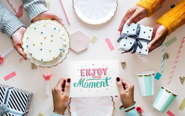 Flatlay del concetto di festa di compleanno celebrazione