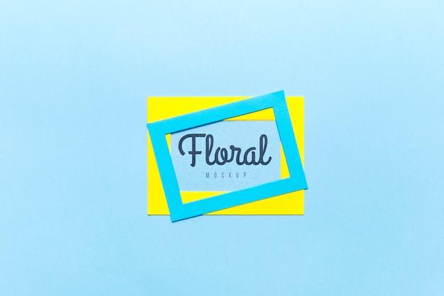 Floral mock-up conceptontwerp Gratis Psd