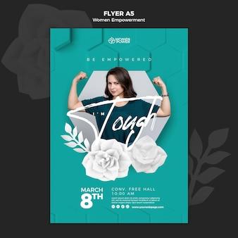 Flyer-sjabloon voor empowerment van vrouwen met bemoedigend woord