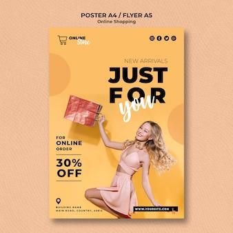 Flyer voor online modeverkoop