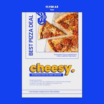 Flyersjabloon voor nieuwe kaasachtige pizzasmaak