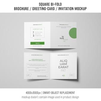 Folleto cuadrado bi-fold o maqueta de la tarjeta de felicitación de dos