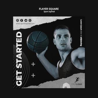 Folleto cuadrado de plantilla de anuncio de entrenamiento de baloncesto