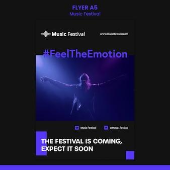 Folleto de plantilla de festival de música