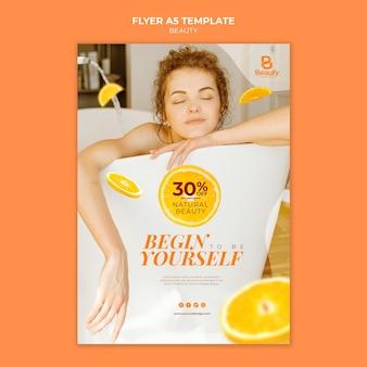 Folleto vertical para el cuidado de la piel del spa en casa con mujer y rodajas de naranja