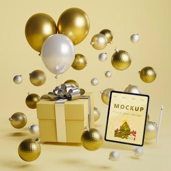 Fondo de decoración navideña con maqueta