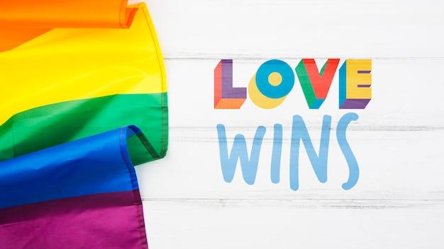 Fondo del día del orgullo gay con la bandera del arcoíris