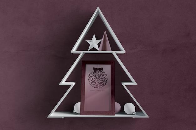 Forma de árbol de navidad con marco interior