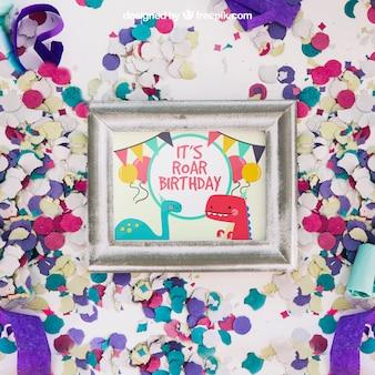 Frame mockup met verjaardagsontwerp