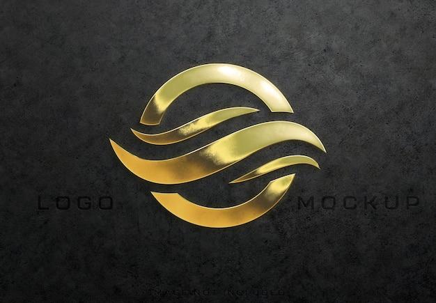 Gedetailleerd getextureerd 3d glanzend gouden logoteken mockup
