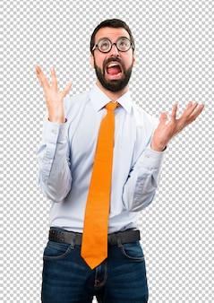 Gefrustreerde grappige man met een bril