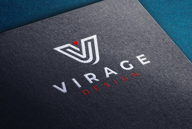 Gekleurd logomodel op zwarte kaart