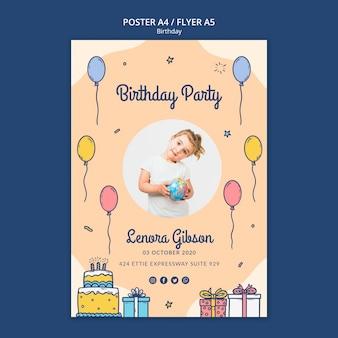 Gelukkige verjaardag flyer-sjabloon met foto