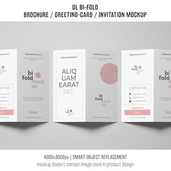 Gevouwen brochure of uitnodiging mockup