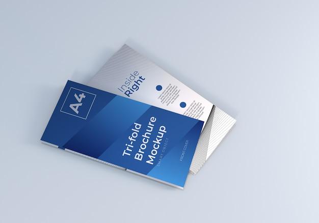 Gevouwen driebladige brochure mockup