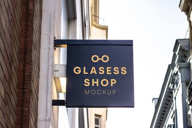 Glazen winkel uithangbord mockup