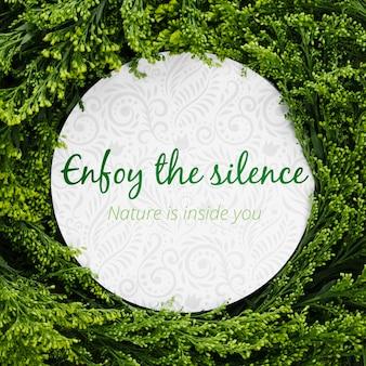 Goditi il concetto di decorazione del silenzio