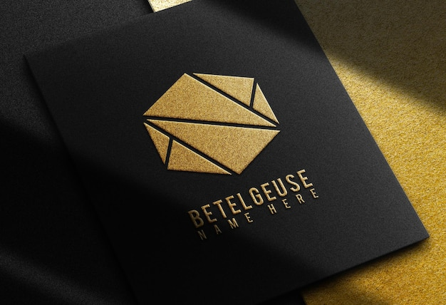 Gouden logo reliëf ontwerp zakelijke bedrijven mock up