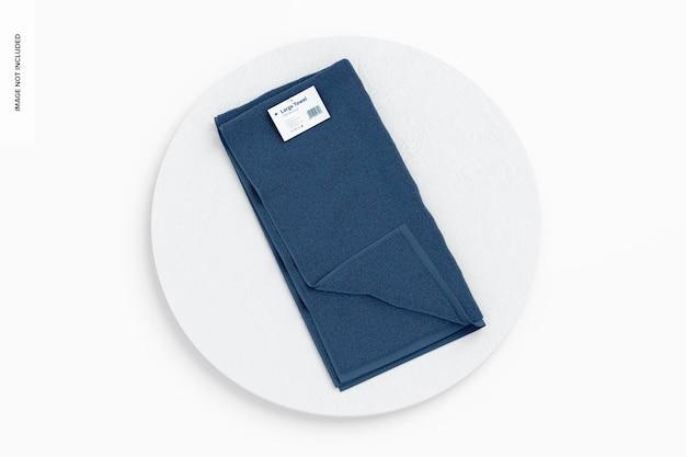 Grote handdoek op bord mockup