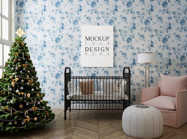 Habitación infantil con marco de póster de maqueta y árbol de navidad