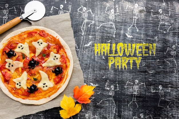 Halloween-pizza behandelt specifieke dag