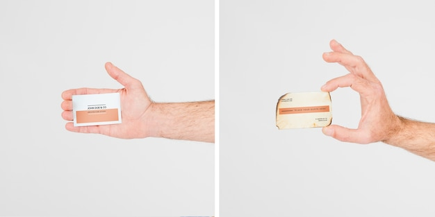 Hand met visitekaartje mockup