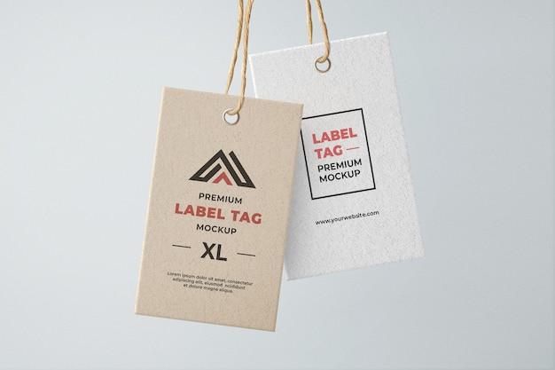 Hangende labellabel mockup bruin en wit geweven