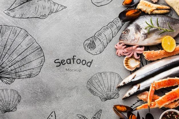 Heerlijk zee voedsel arrangement met mock-up