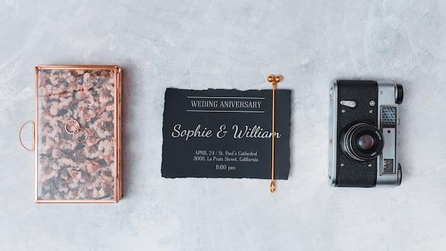 Hermosa maqueta de tarjeta de boda
