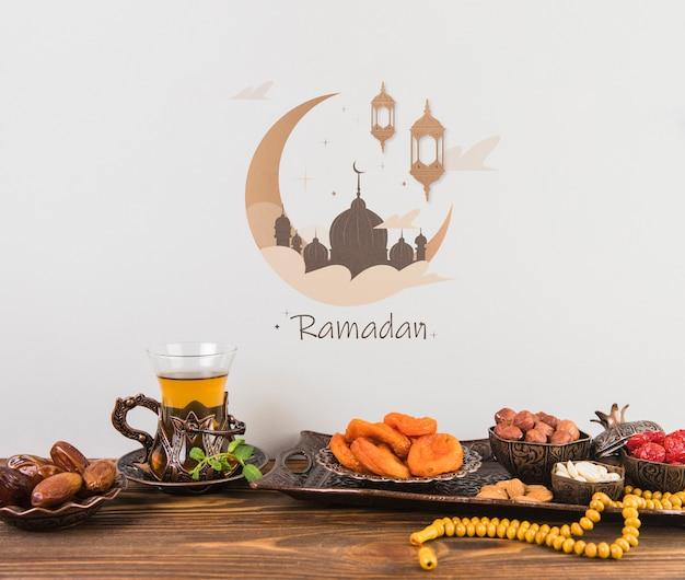 Hermoso bodegón con elementos de ramadán