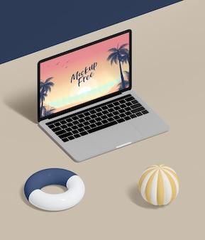 Hoge hoek laptop op tafel