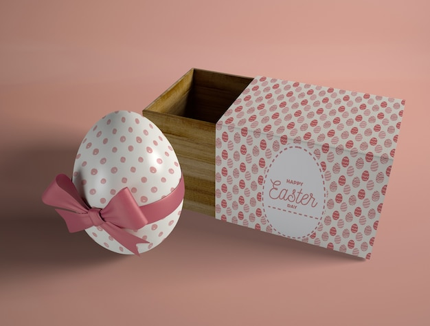 Hoge hoek verpakt ei met doos