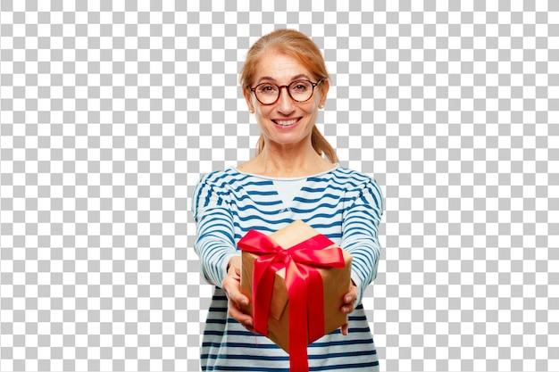 Hogere mooie vrouw met het concept van de giftdoos