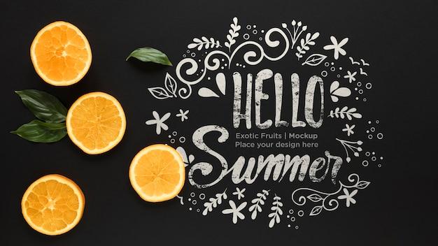 Hola concepto de verano con naranjas