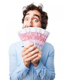 Hombre con muchos billetes