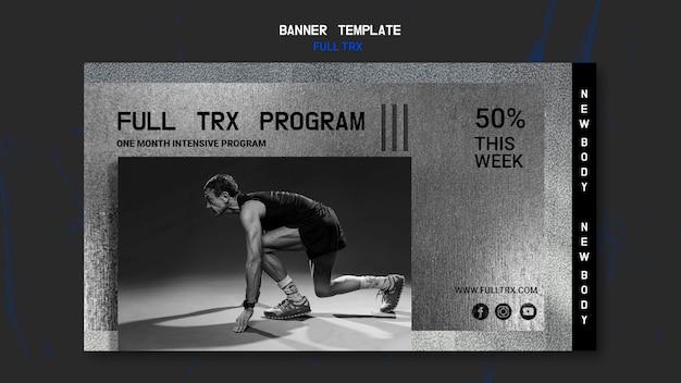 Horizontale banner voor trx-training met mannelijke atleet