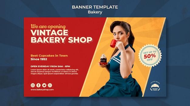 Horizontale banner voor vintage bakkerijwinkel met vrouw