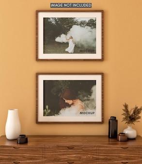 Horizontale fotolijst op muur met warme tinten