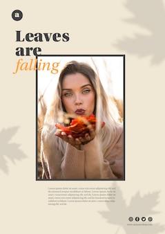 Horizontale websjabloon met vrouw met oranje bladeren