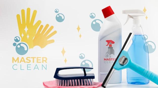 Huismeester maakt diverse apparatuur schoon