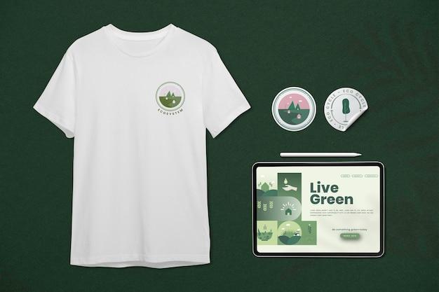 Huisstijl psd mockup set met t-shirt, tablet en sticker