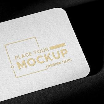 Identidad de marca tarjeta de visita maqueta y sombra