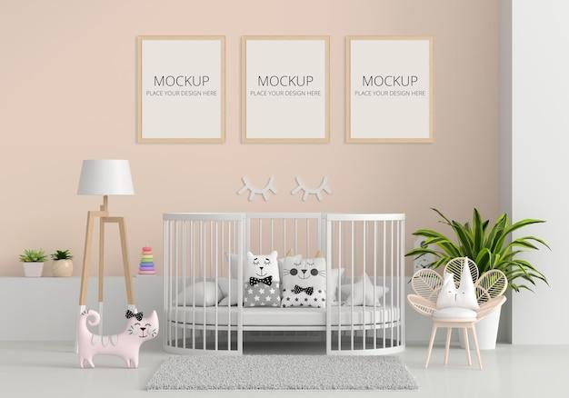 Interior de habitación infantil marrón con maqueta de marco