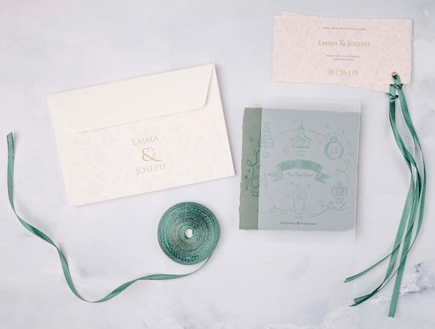 Invitación de boda de papelería con cinta