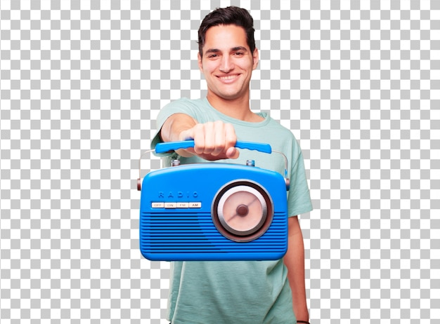 Jonge knappe gebruinde man met een vintage radio