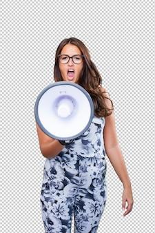 Jonge vrouw die met megafoon schreeuwt