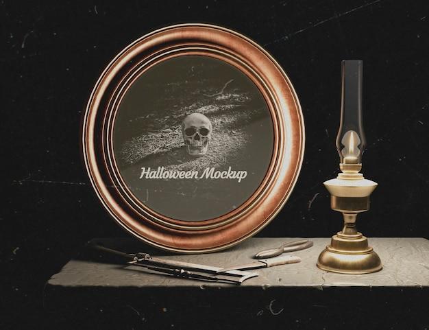 Kaarslicht en halloween rond frame met schedel