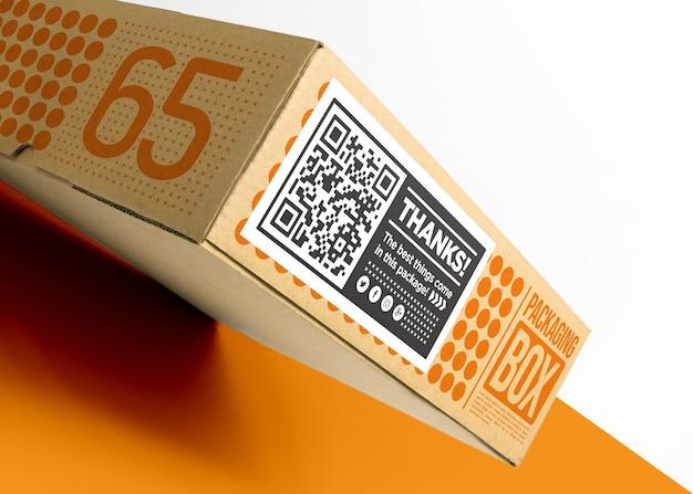 Kartonnen doos verpakken met mockup
